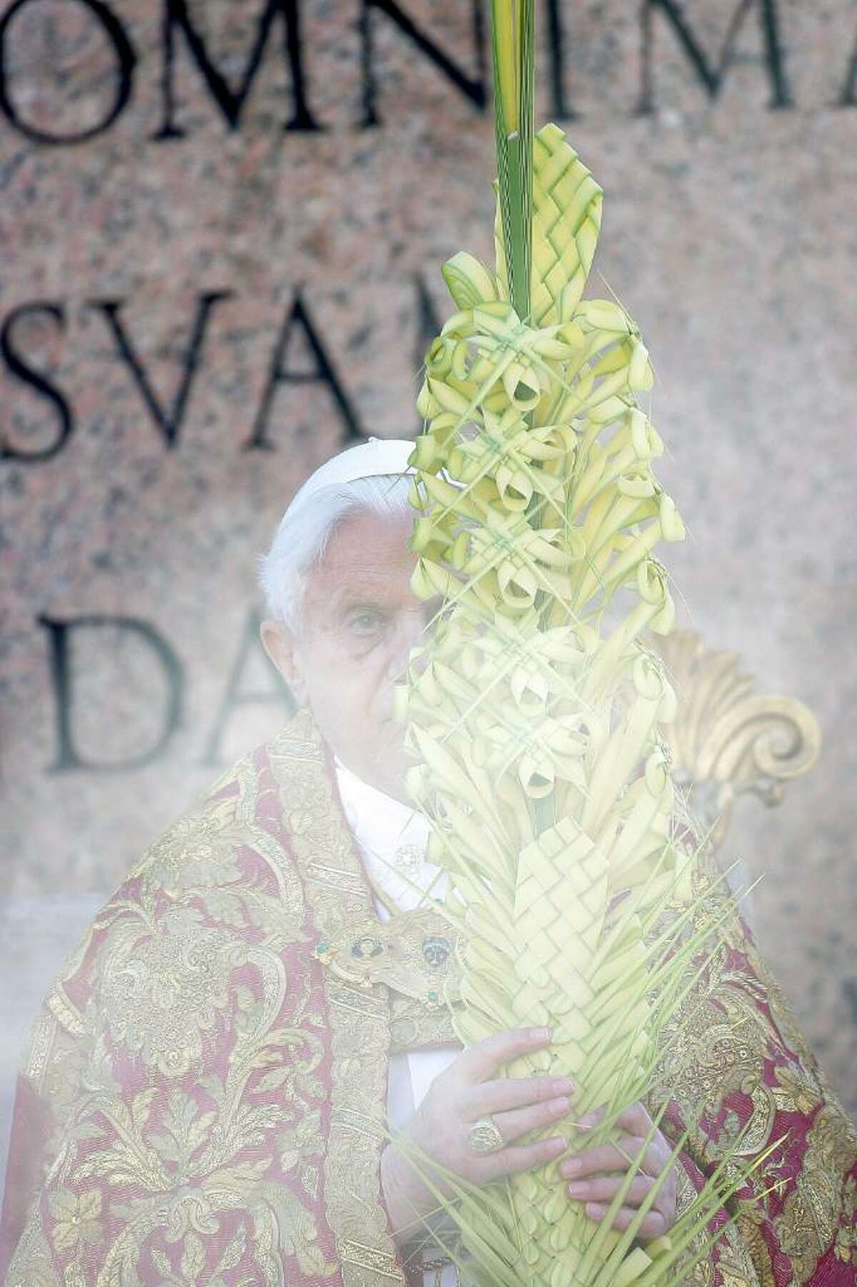 VATICAN CITY, VATICAN - MARCH 28: Pope Benedict XVI attends Palm Sunday Mass on March 28, 2010 in Vatican City, Vatican. The Pope is now facing pressure over abuse allegations which involved the German, the American and the Irish Catholic Church. (Photo by Franco Origlia/Getty Images) *** Local Caption *** Benedict XVI