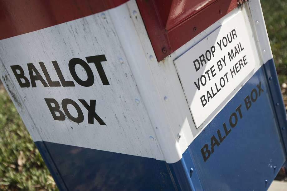 A ballot box is seen outside the San Mateo County Election's Office, Friday, Nov. 6, 2015, in San Mateo, Calif. An all-mail election was held in San Mateo County. Officials are expecting a higher voter turnout and believe an all-mail election is more convenient to voters. Photo: Santiago Mejia, Special To The Chronicle