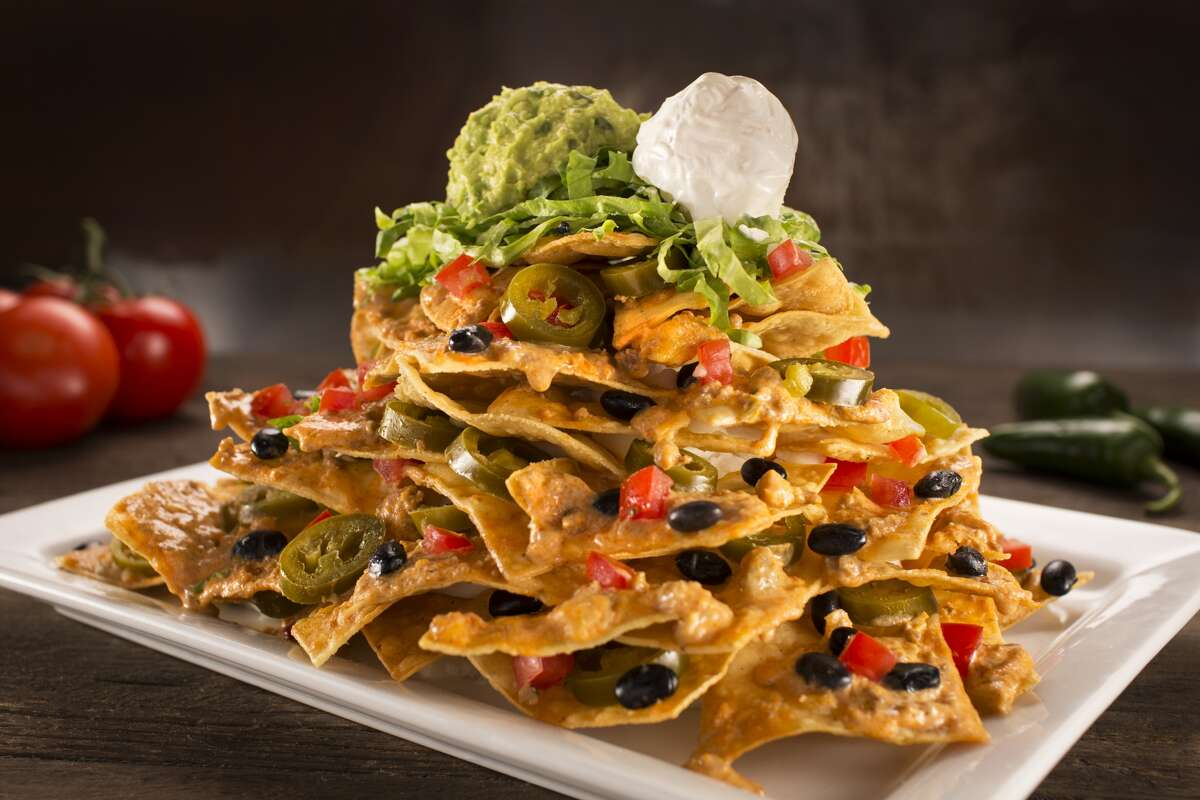 Mountain O' Nachos as served at Dave & Buster's.