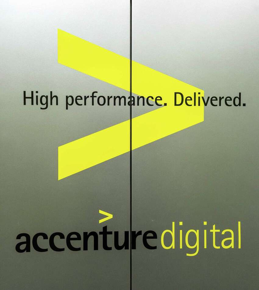 Accenture Industry: Strategy, consulting, digital, technology and operationsConn. location: Hartford 2017 Applications for H-1B visa workers: 585 Average salary for those workers: $80,454Source: myvisajobs.com