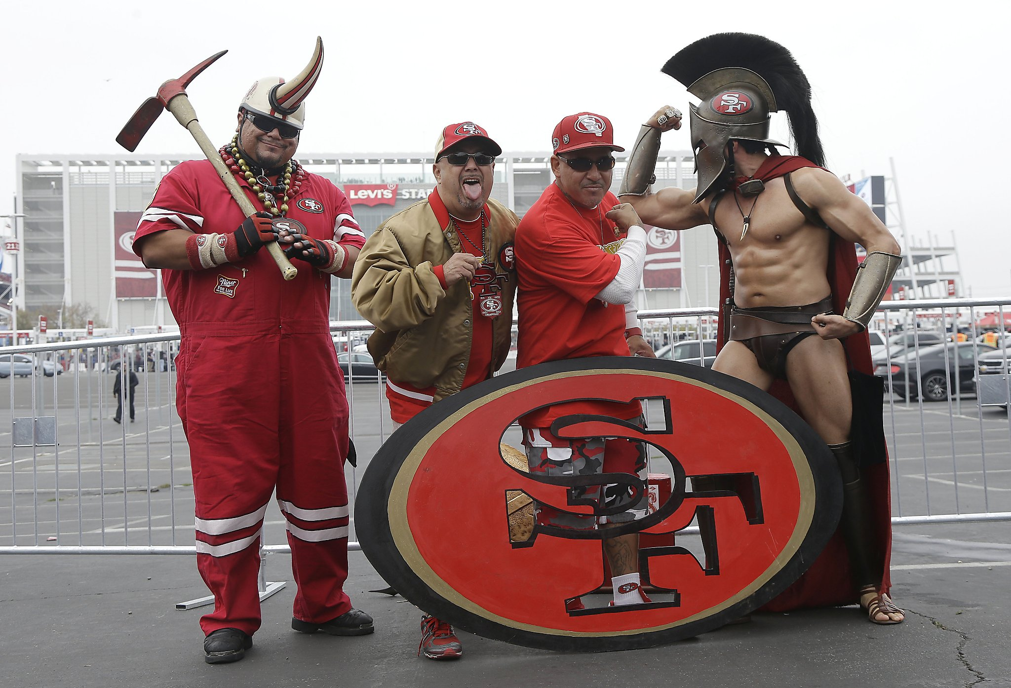 tailgate - SFGate Falcons fans 49ers game before