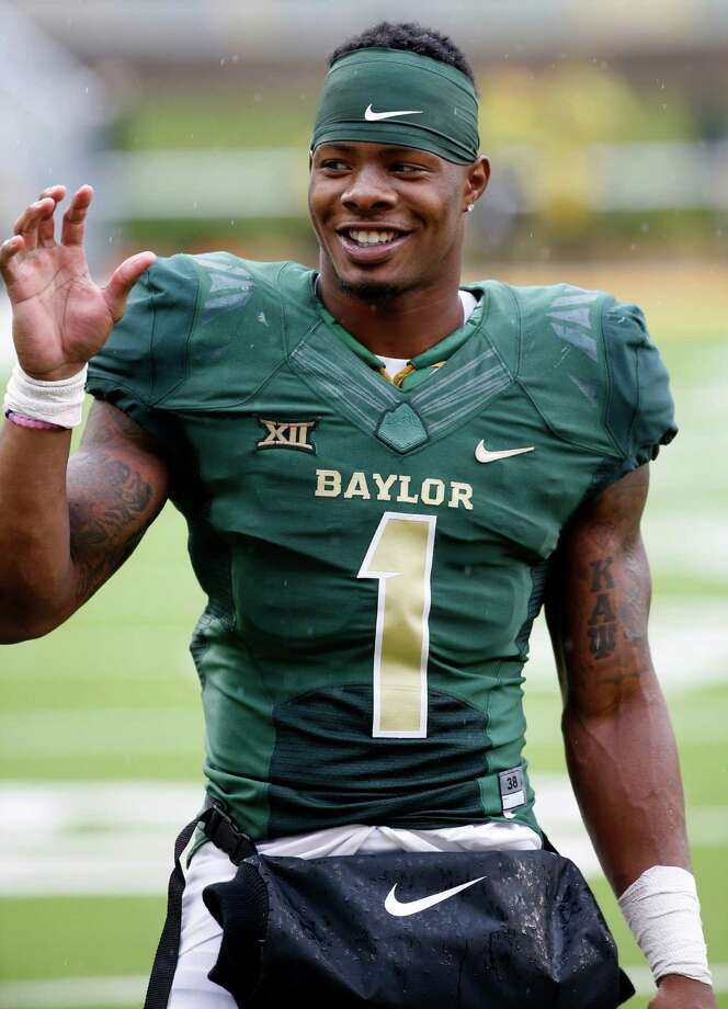 WACO, TX - OCTOBER 24: Corey Coleman #1 of the Baylor Bears celebrates after the Bears beat the Iowa State Cyclones 45-27 at McLane Stadium on October 24, 2015 in Waco, Texas. (Photo by Ron Jenkins/Getty Images) Photo: Ron Jenkins, Stringer / 2015 Getty Images