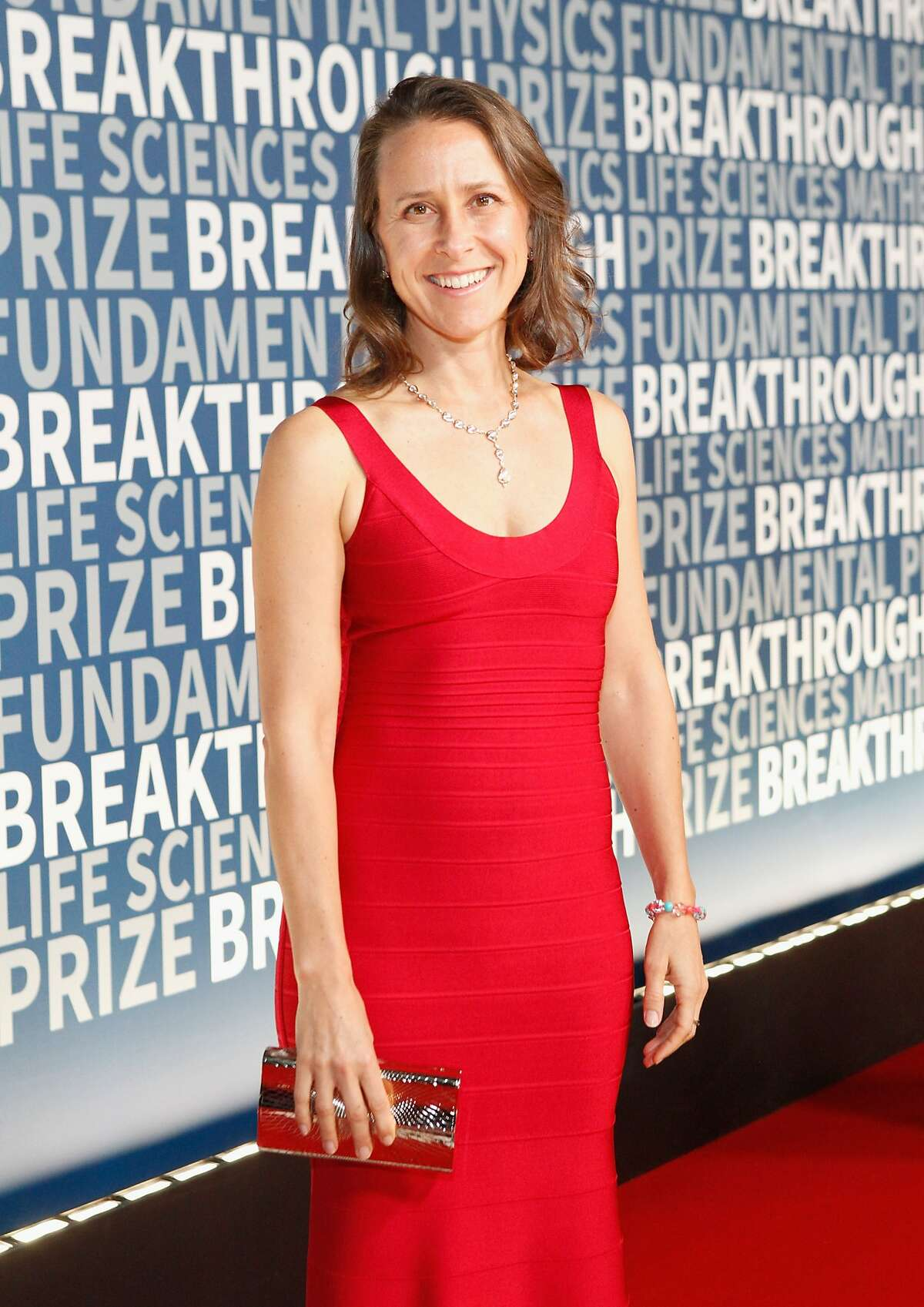 Biologist Anne Wojcicki attends the 2016 Breakthrough Prize Ceremony on November 8, 2015 in Mountain View, California. (Photo by Kimberly White/Getty Images for Breakthrough Prize)