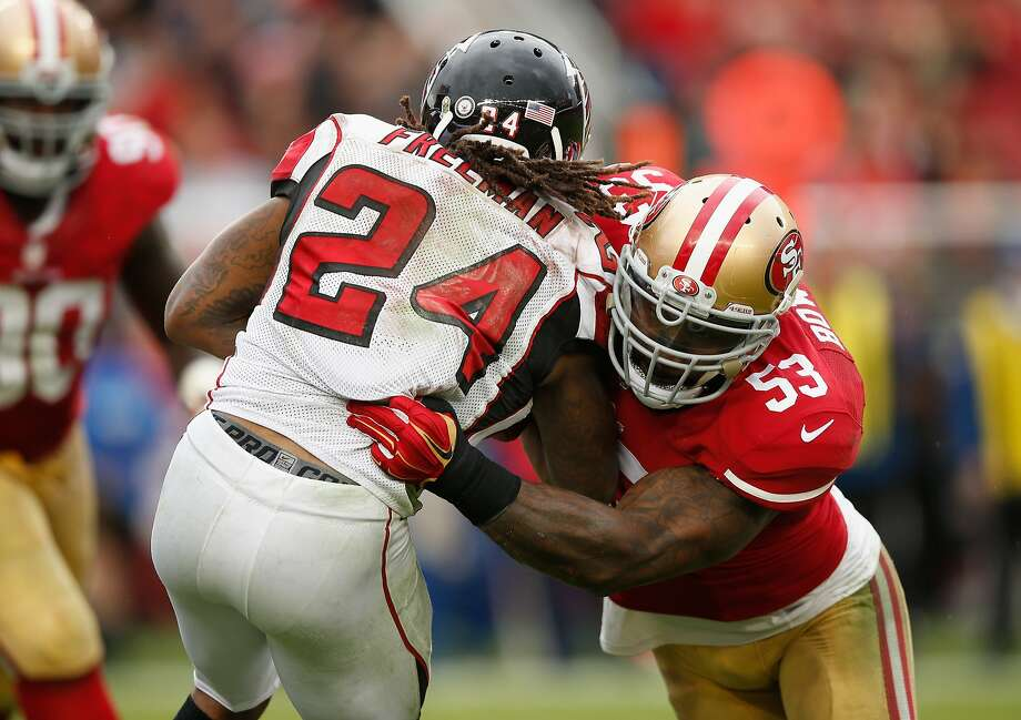 49ers linebacker NaVorro Bowman (right) had a big day with seven tackles, including two for losses, and three QB hits. Photo: Ezra Shaw, Getty Images