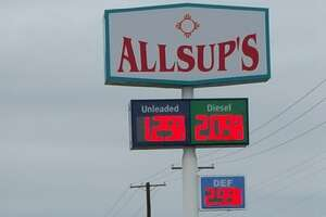 Texas gas station is selling fuel at a ridiculously cheap price - Photo