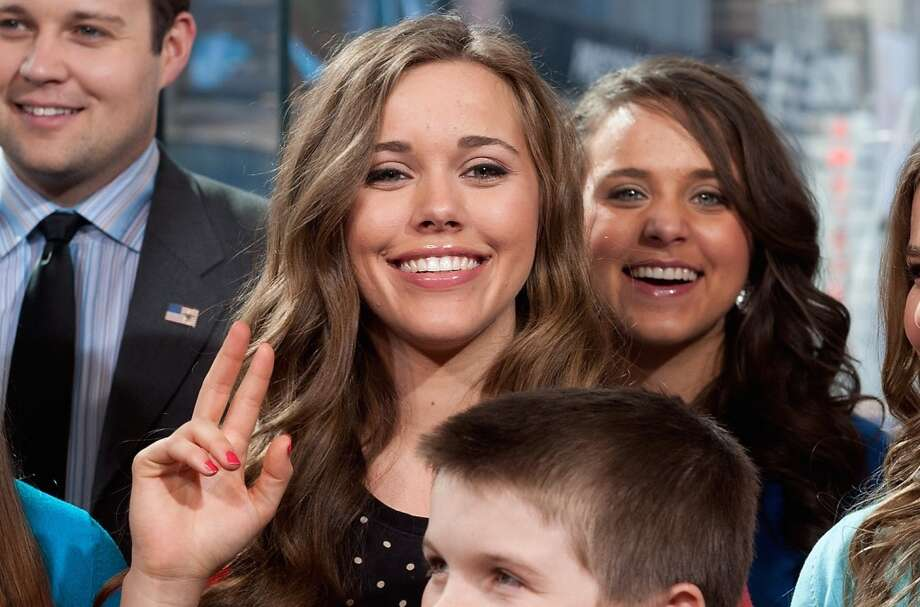 Jessa Duggar Seawald and husband Ben welcomed their second son on Monday, Feb. 6, 2017.