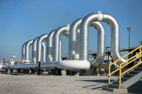 The Keystone XL pipeline, which the Obama administration rejected Nov. 6, would have run more than 1,000 miles from Alberta to connect with this pumping station in Steele City, Nebrasaka.  (AP Photo)