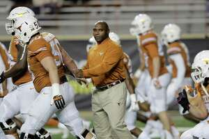 UT's Strong: 'No reason to throw in the towel' - Photo