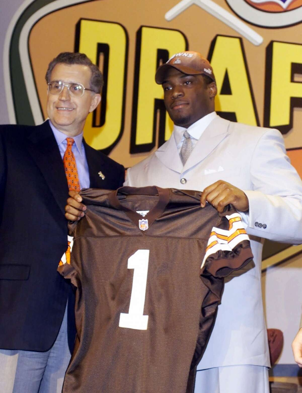 2000: Courtney Brown, DE, Browns Brown, who like Clowney is from South Carolina, played in every game his rookie season, then because of injuries missed more games than he played for the rest of his career. But the Penn State product had 69 tackles and 4 ½ sacks that first season, and after sitting out the first six games in 2001 with a knee injury, he returned with six tackles, three sacks, two pass deflections and a 25-yard fumble return for a touchdown in the seventh game.