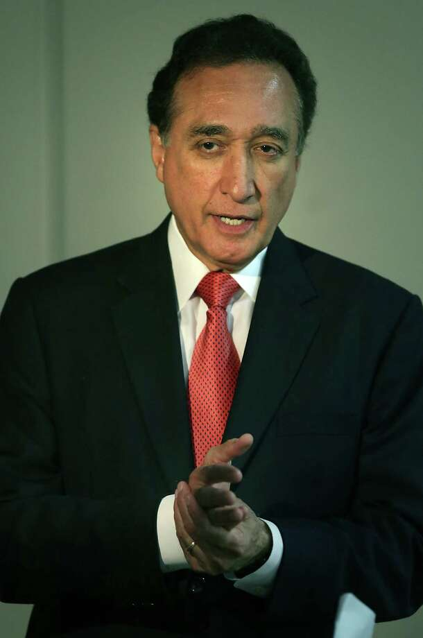 Henry Cisneros says the purchase shows CityView will remain in San Antonio for the long term. Photo: Bob Owen /San Antonio Express-News / © 2012 San Antonio Express-News
