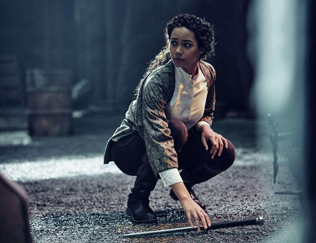 "Madeleine Mantock as Veil in ""Into the Badlands."""