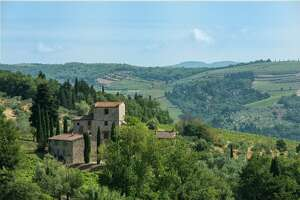 Michelangelo's 16th-century Tuscan villa is on the market - Photo