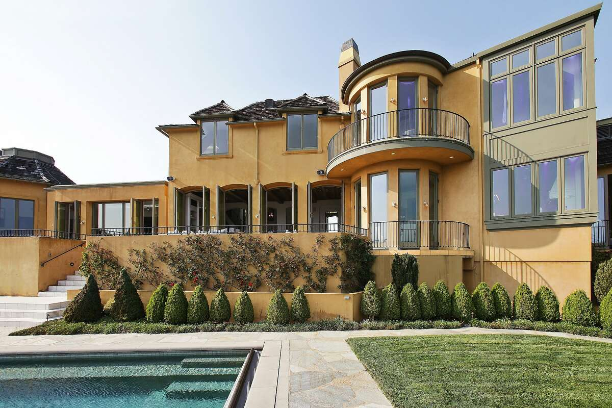The construction blends curved and linear designs.