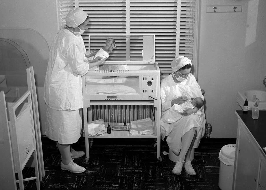 Nurses take care of babies at Mount Zion Hospital in 1953. Photo: Joe Rosenthal, The Chronicle
