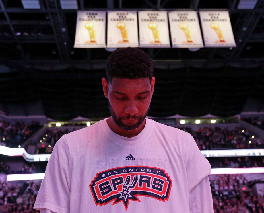 San Antonio Spurs' Tim Duncan stands during the national anthem before the game with the Charlotte Hornets Saturday Nov. 7, 2015 at the AT&T Center. Photo: Edward A. Ornelas, Staff / San Antonio Express-News / © 2015 San Antonio Express-News