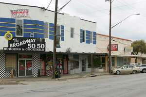 Alamo Heights changing Broadway's look - Photo