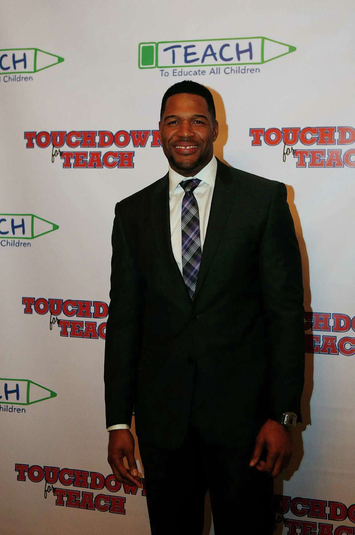 Michael Strahan makes an appearance at Houston's River Oaks Country Club.