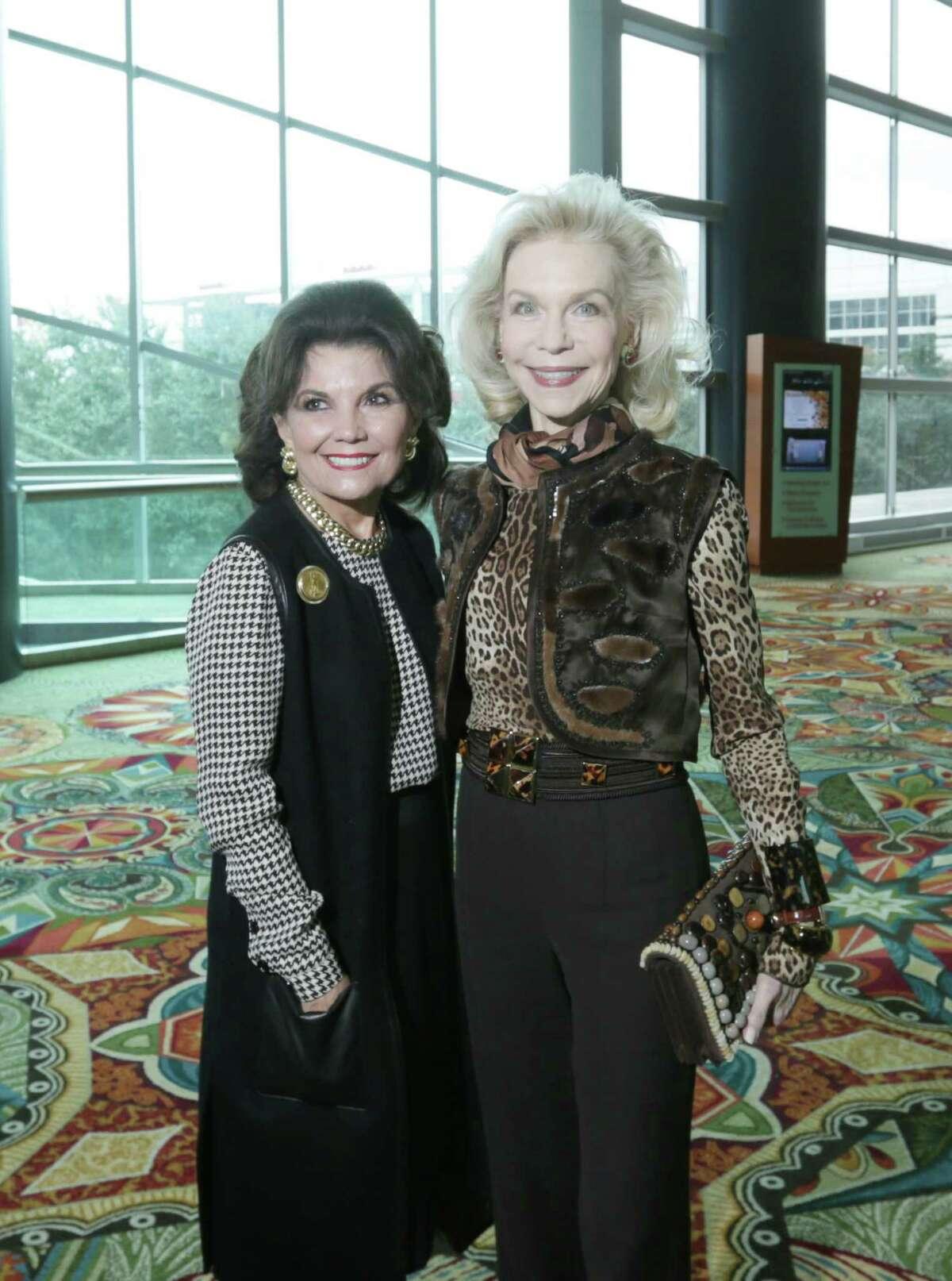 Linda McReynolds and Lynn Wyatt