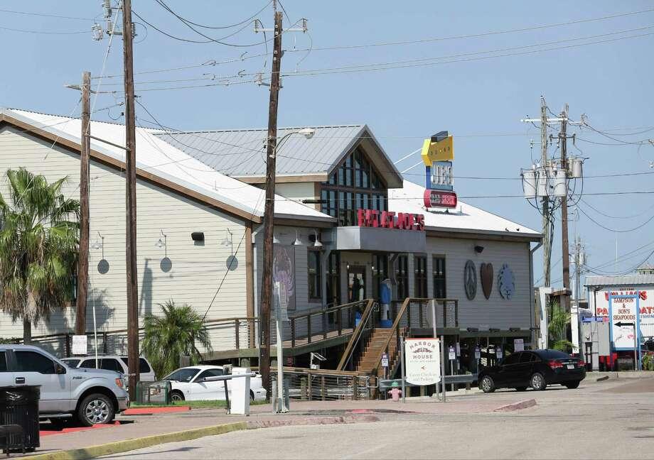 This Joe's Crab Shack in Galveston is one of 130 locations Ignite Restaurants operates. Photo: Thomas B. Shea, Freelance / © 2015Thomas B. Shea