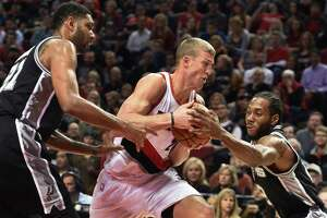 Live chat: Talking Spurs vs. Trail Blazers rematch - Photo