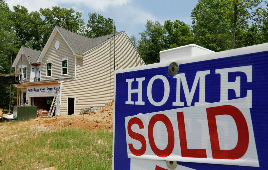The U.S. median price hit $229,000 in the third quarter with 154 out of 178 metro areas showing year-over-year gains, according to the National Association of Realtors. (AP Photo/Steve Helber, File) Photo: Steve Helber, STF / AP