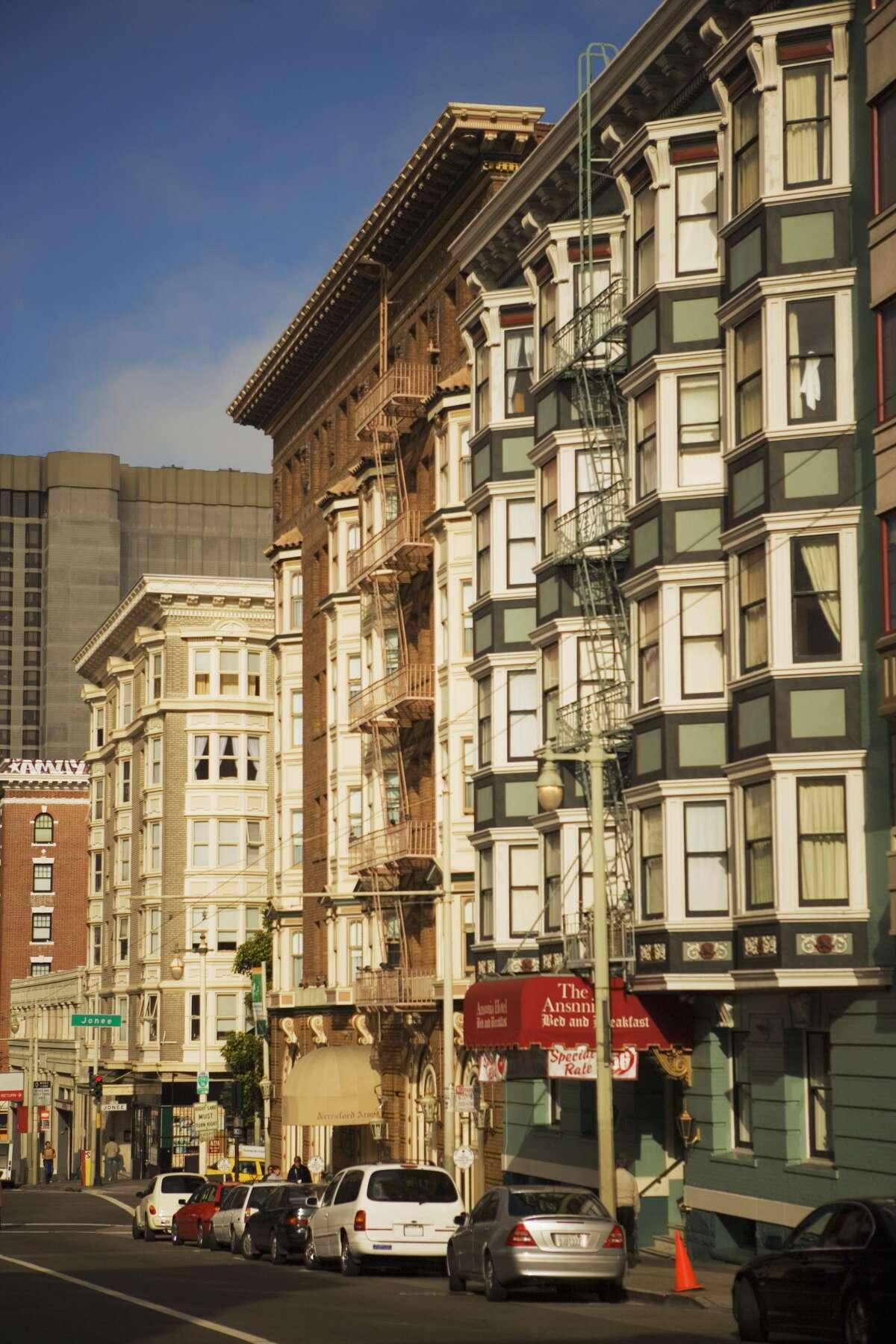 15 euphemisms you'll find in SF Craigslist housing posts