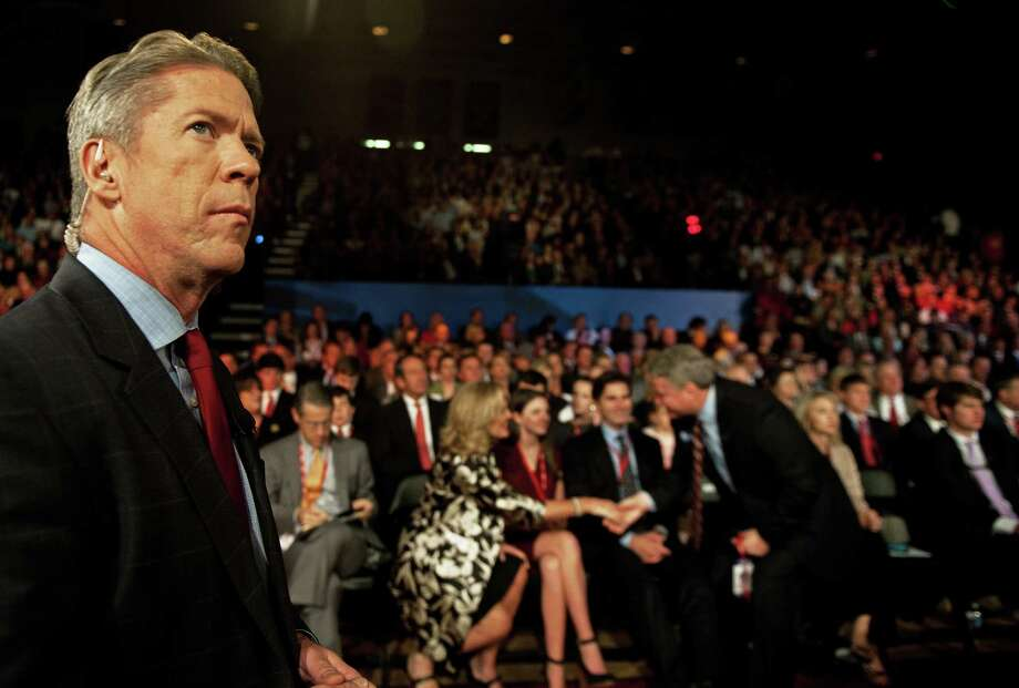 Political reporter Major Garrett will host coverage of Saturday's debate on the streaming service CBSN, including reactions and tweets. Photo: PAUL J. RICHARDS, Staff / AFP