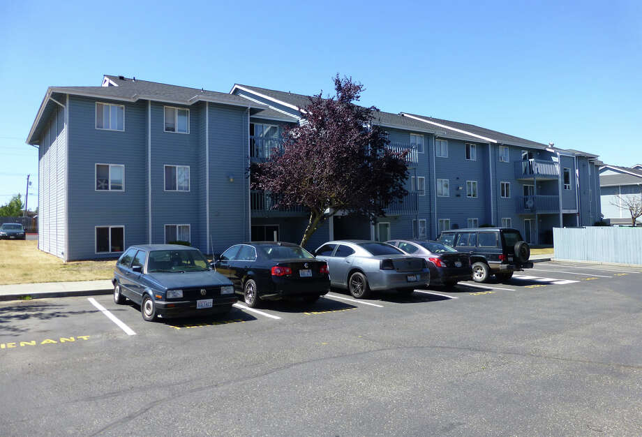 The East Division Street apartment complex in Mount Vernon, Washington, where Jesus Salinas and Patricia Delatorre were living while they extorted money from a mother whose children were being held by Delatorre's mother. Skagit County Assessor's Office photo. Photo: Skagit County Assessor's Office