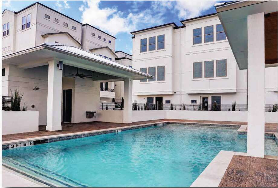 Amenities at Larkin at Cottage Grove include a pool and cabana, nearby shopping, as well as dining and entertainment in the Heights, the Washington area and the White Oak district.