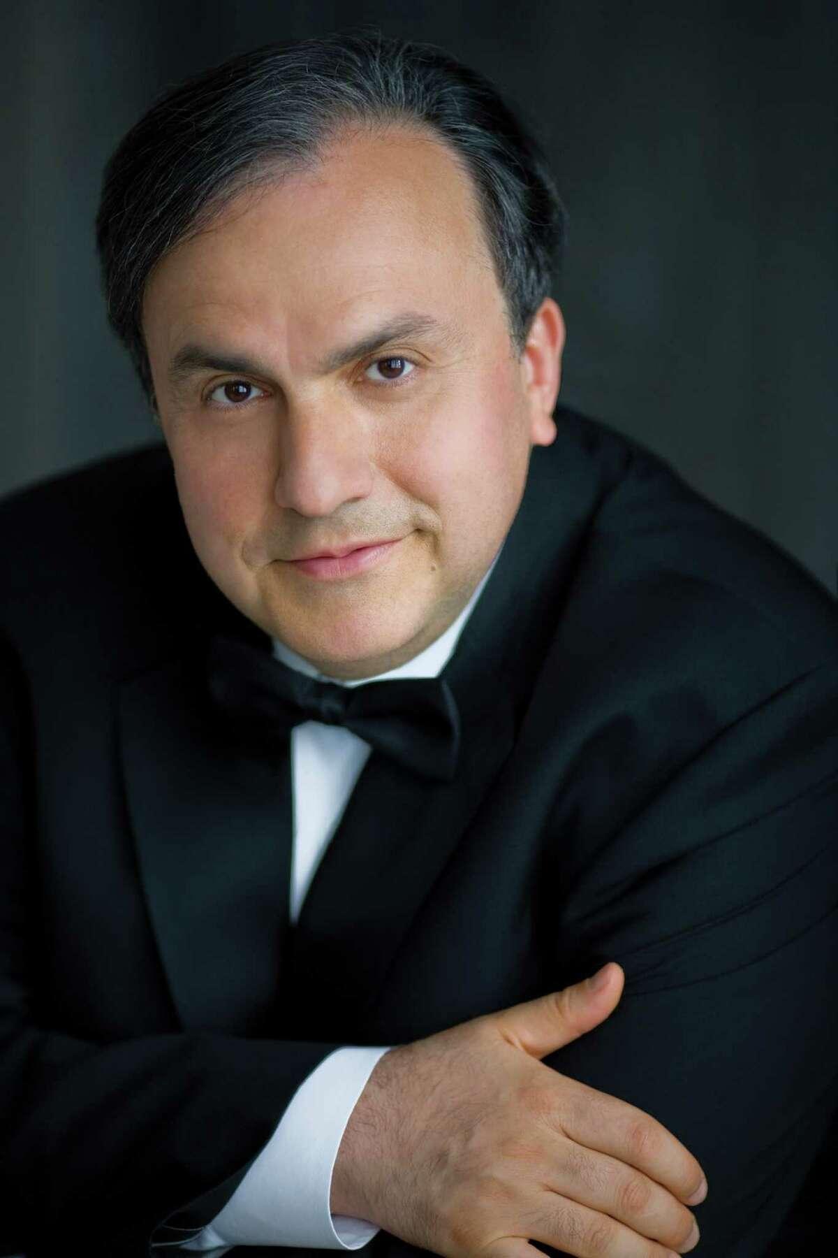 Yefim Bronfman (photo by Dario Acosta)