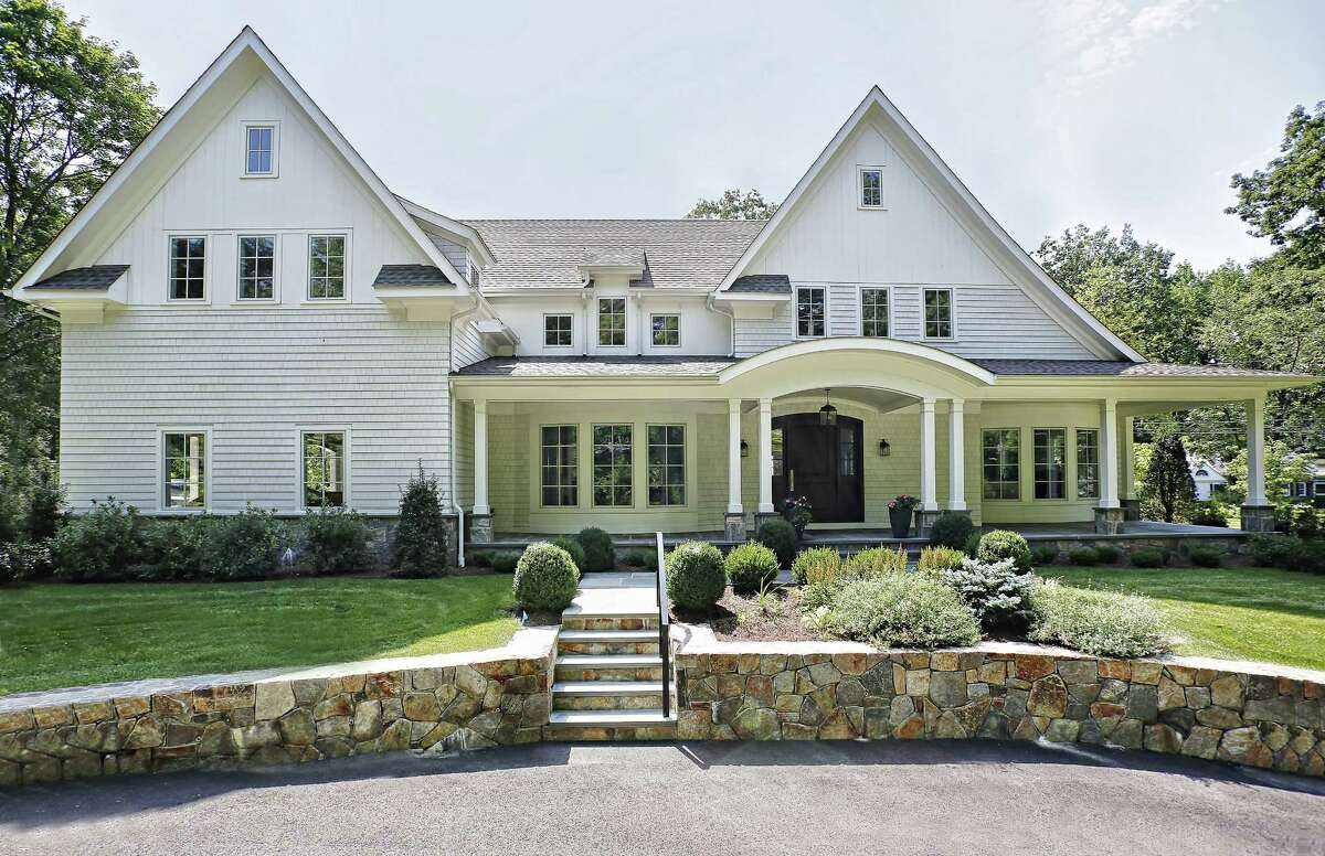 On November 10, 2015, Greenwich, Conn.-based DeRosa Builders won two HOBI Home Building Industry Awards from the Home Builders and Remodelers Association of Connecticut, including for its work on the house at 64 Cedar Gate Rd. in Darien, Conn., pictured.