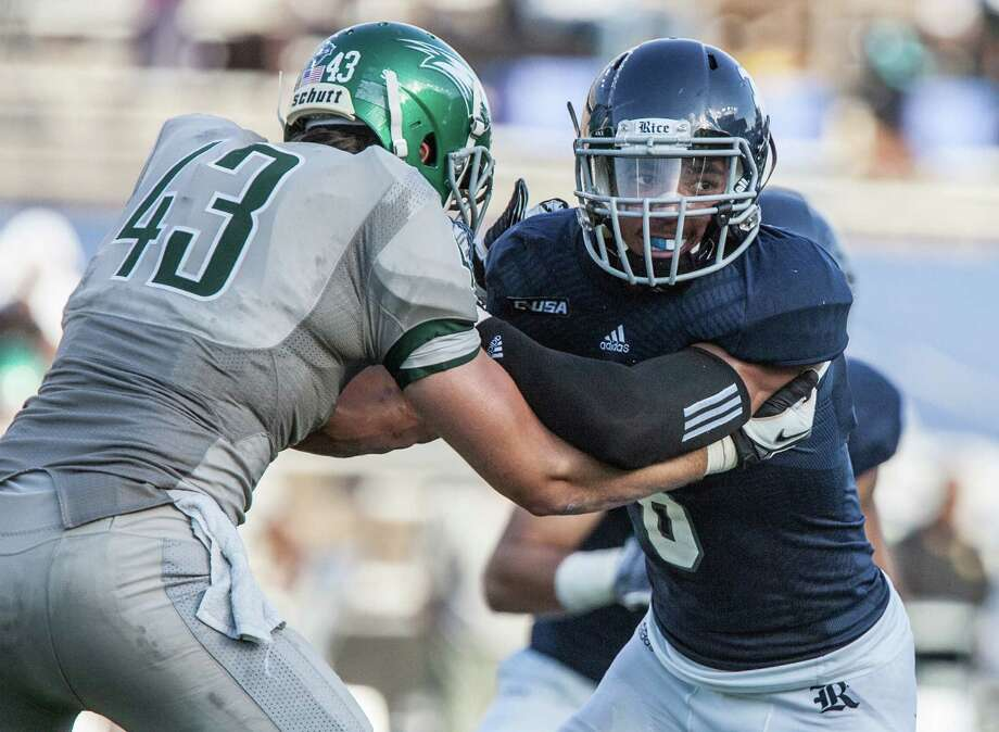 Derek Brown tries to get to the quarterback during a game against Wagner Saturday September 5th, 2015. The Rice Owls defeated the Wagner Seahawks 56-16. (Michael Starghill, Jr.) Photo: Michael Starghill, Jr., Photographer / © Michael Starghill, Jr.