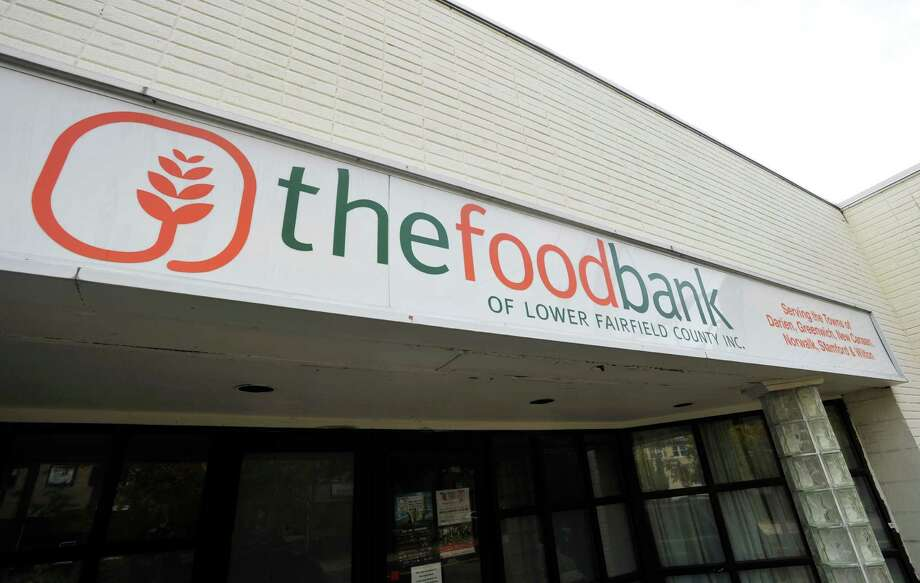 The Food Bank of Lower Fairfield County in Stamford. Photo: Michael Cummo / Hearst Connecticut Media / Stamford Advocate