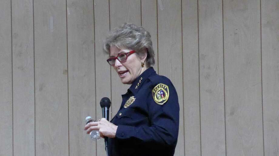 Sheriff Susan Pamerleau addresses a Precinct 4 town hall meeting on Thursday, Nov. 12, at Highland Social Club. She discussed her plans to equip deputies with body-worn cameras. Photo: John W. Gonzalez / San Antonio Express-News