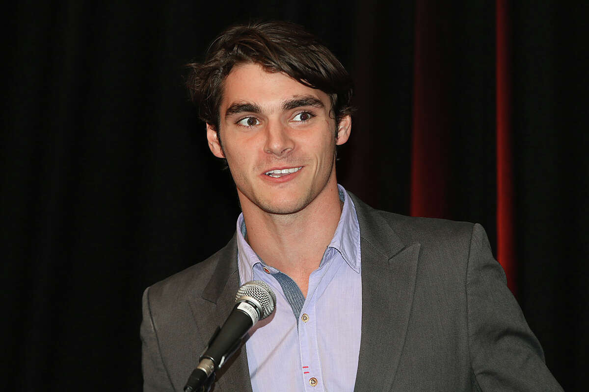 Were you Seen at the Women Against MS Luncheon, with special guest, actor R.J. Mitte, best known as Walter 'Flynn' White Jr. on the AMC series, 'Breaking Bad,' at the Hilton Garden Inn in Troy on Friday, Nov. 13, 2015?