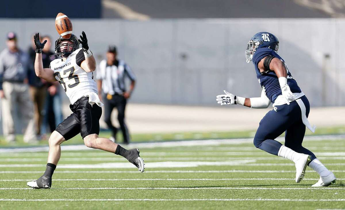 Southern Miss Golden Eagles wide receiver Casey Martin (83) catches a pass during the first half of a college football game at Rice Stadium on Saturday, Nov. 14, 2015, in Houston.