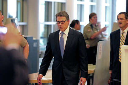 Former Gov  Rick Perry used $2 65 million in campaign cash