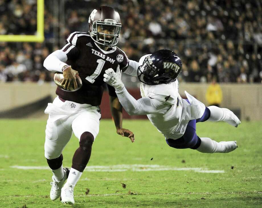 Heralded quarterback recruit Kyler Murray's stay in College Station reportedly will last just one year as he has decided to transfer from Texas A&M. Photo: Eric Christian Smith, Getty Images / 2015 Getty Images