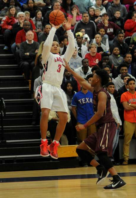 Atascocita guard Carsen Edwards returns for his senior season as the reigning All-Greater Houston Player of the Year. Photo: Jerry Baker, Freelance