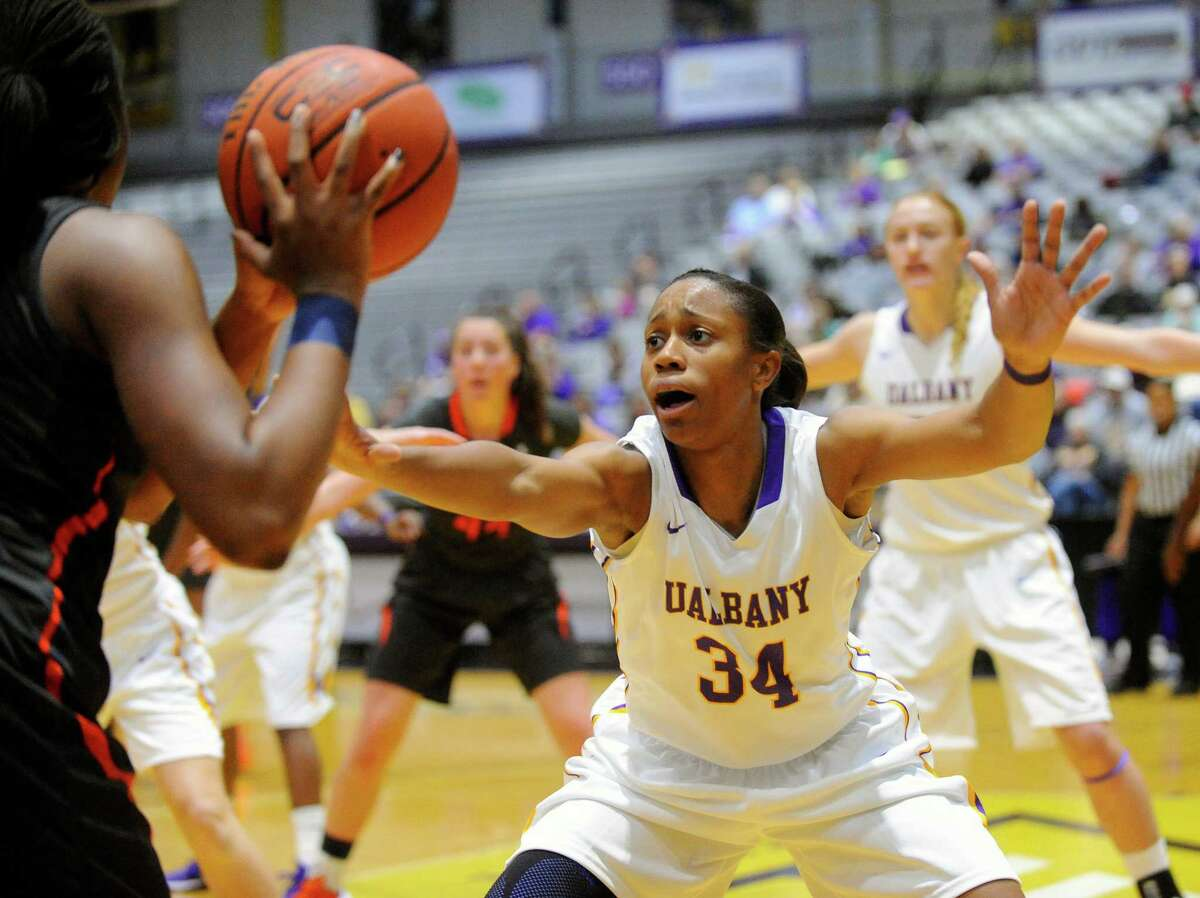 UAlbany's Cassandra Edwards guards against Pepperdine during the first half of an NCAA women's college basketball game on Sunday, Nov. 15, 2015, in Albany, N.Y. (Hans Pennink / Special to the Times Union) ORG XMIT: HP112