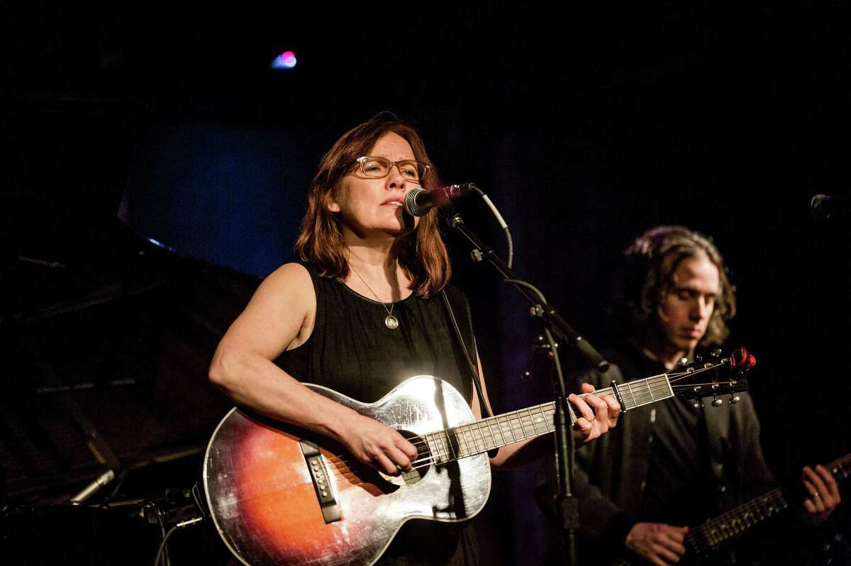 """Iris DeMent performs at City Winery in New York, Jan. 20, 2013. American singer and songwriter DeMent performed Sunday to promote her new album, """"Sing the Delta."""" (Chad Batka/The New York Times)"""