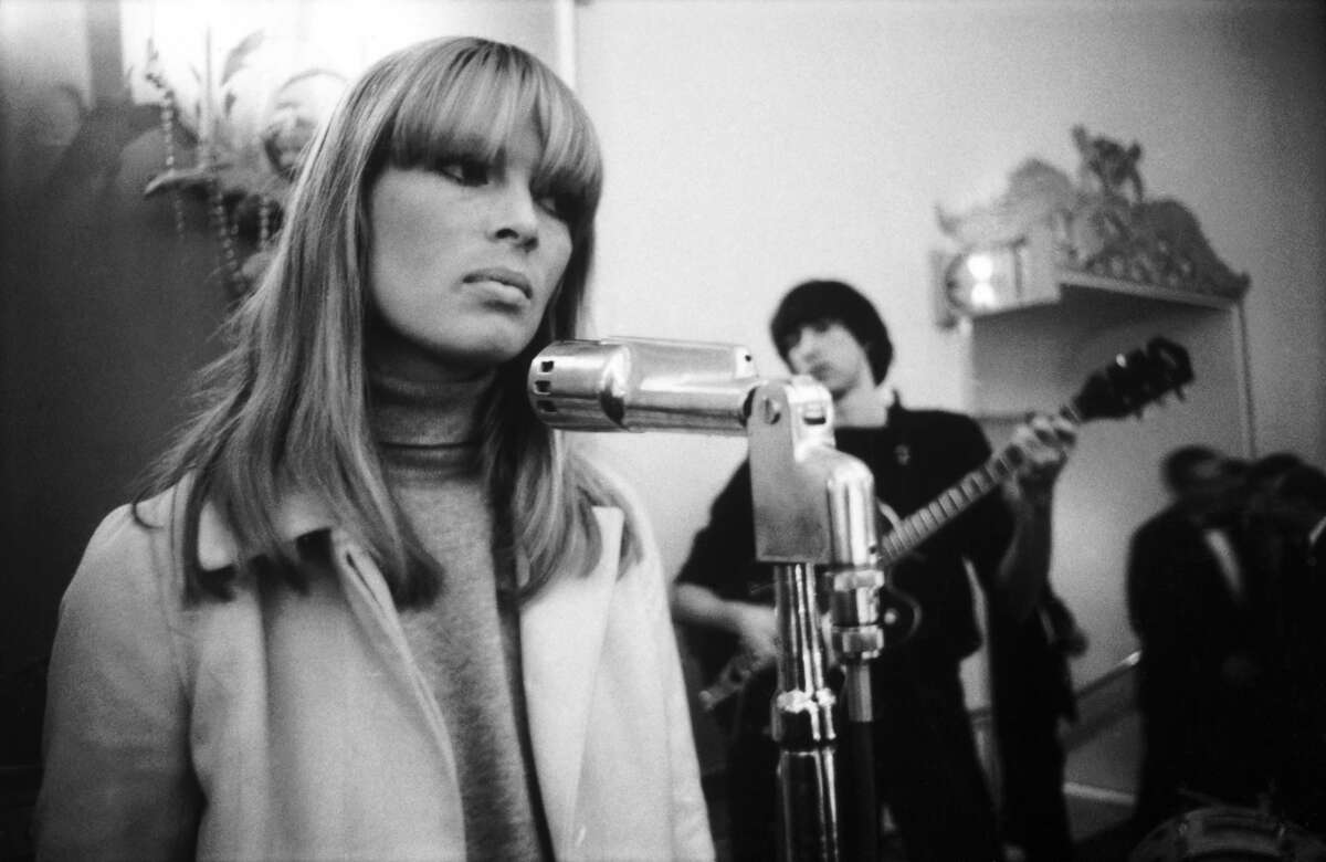 Nico and Sterling Morrison of the Velvet Underground perform on stage at the New York Society for Clinical Psychiatry annual dinner, The Delmonico Hotel, New York, 13th January 1966. (Photo by Adam itchie/Redferns)