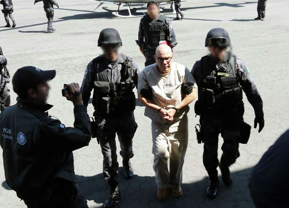 Two high-ranking Mexican drug cartel leaders extradited to