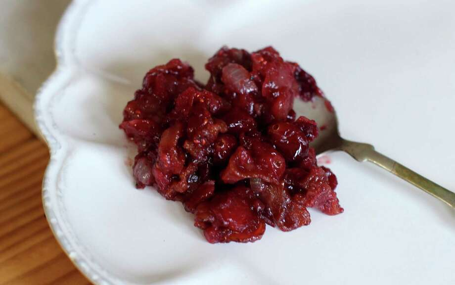 Bacon onion cranberry sauce Photo: Matthew Mead, FRE / FR170582 AP