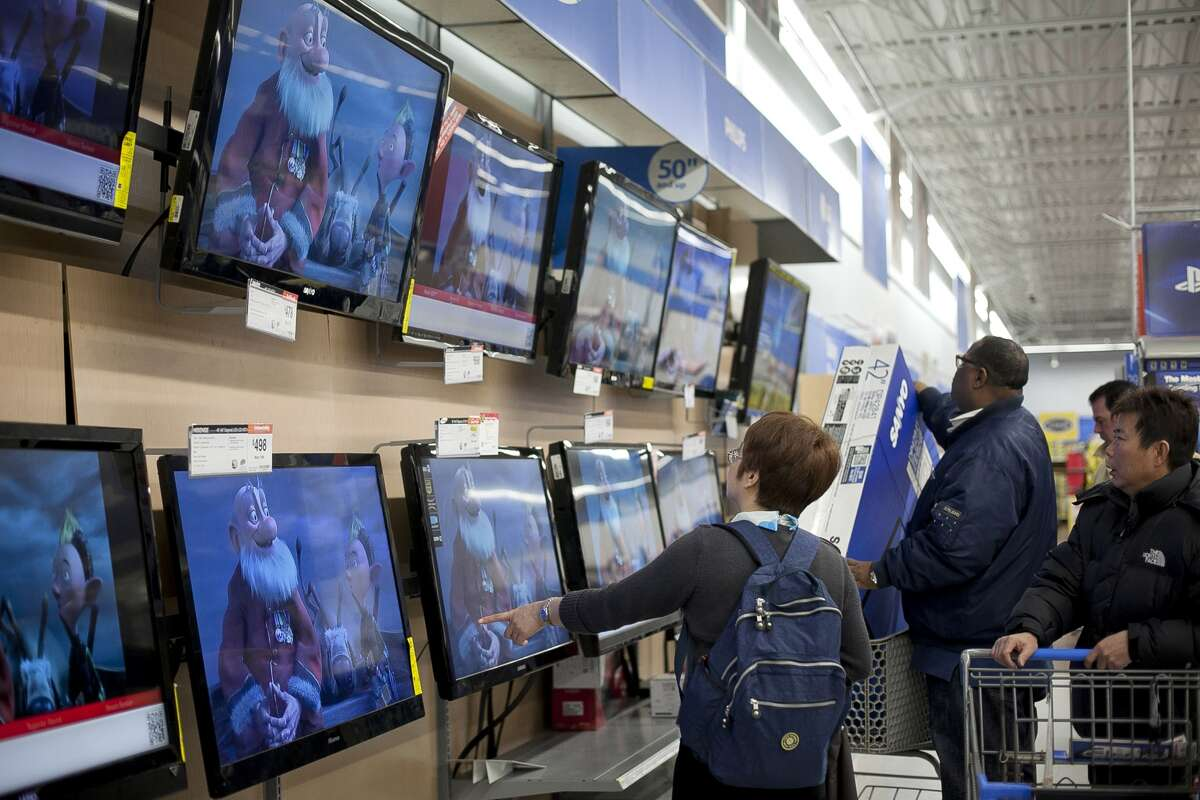 Top 25 Black Friday deals for 2015 The popular coupon site FatWallet recently released their list of the top 25 Black Friday deals. Take a look at which stores will give you the best bang for your buck. Product: HDTVs