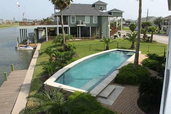 Crystal Beach     Average sales price (Nov. 2013-Oct. 2014): $286,007   Average sales price (Nov. 2014-Oct. 2015): $263,126    Percent change : -8.0