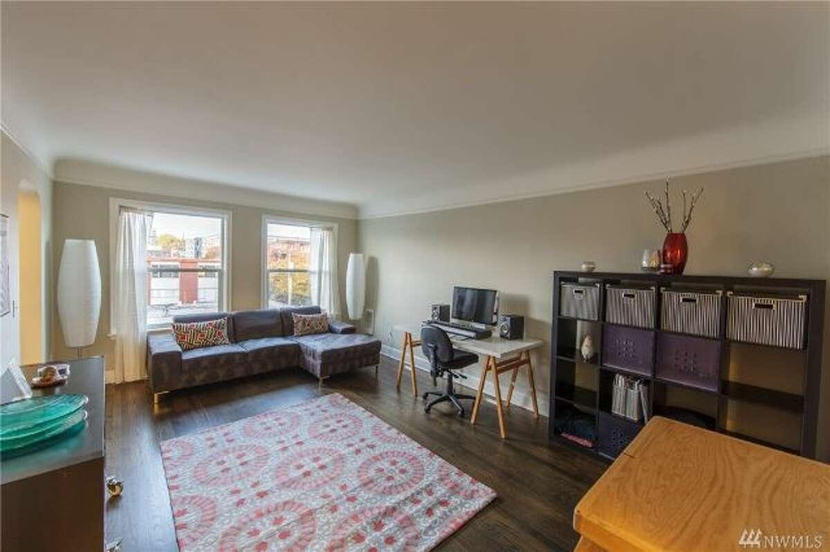 Living space in 325 Harvard Ave. E. #501