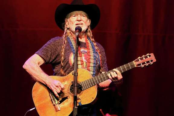 Willie Nelson will perform at the Stafford Centre.
