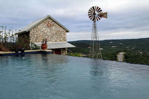 Hilltop home has views for miles in Medina Lake - Photo