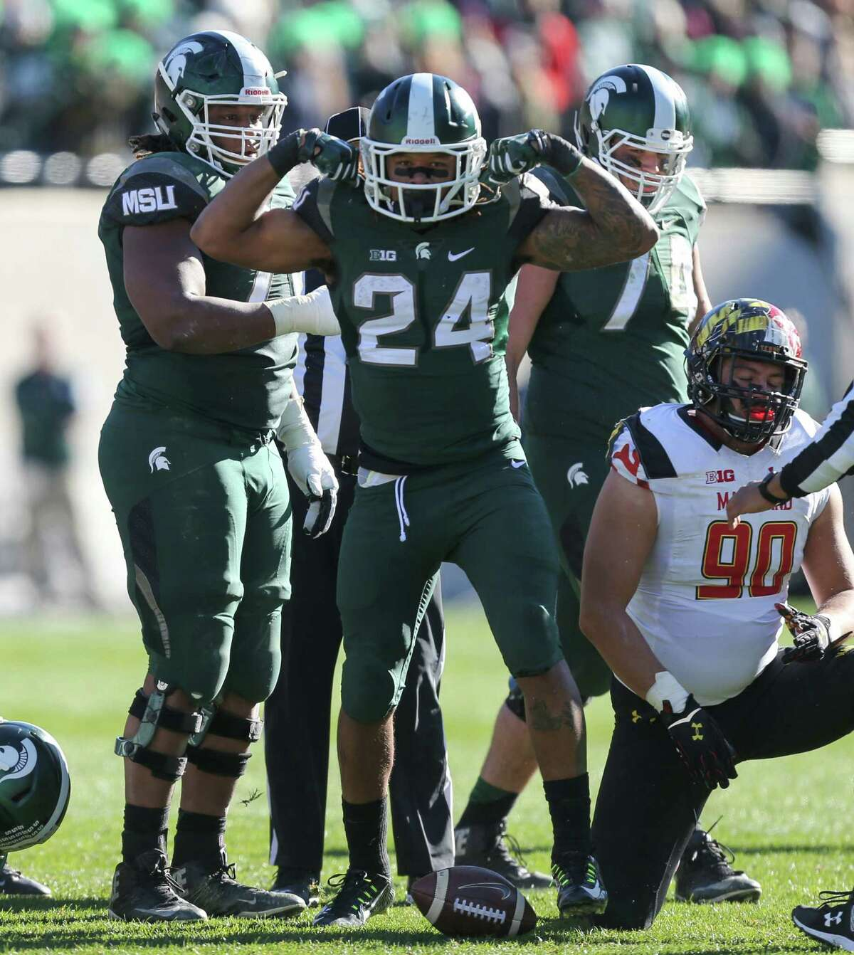 9.Michigan State (9-1) Remaining games: at No. 3 Ohio State (Saturday), vs. Penn State (Nov. 28), tentative Big Ten Championship Game (Dec. 5) Officially, the Spartans have just one loss, but we all know they actually lost to Michigan last month. If the Michigan punter didn't have a brain cramp, Michigan State would be 8-2 with no shot of the playoff. Oh, and that one actual loss? It was against a Nebraska team that isn't even going to make a bowl game. Michigan State also beat a lousy Purdue team, 24-21, and a bad Rutgers bunch, 31-24. That's not a team worthy of a College Football Playoff spot.
